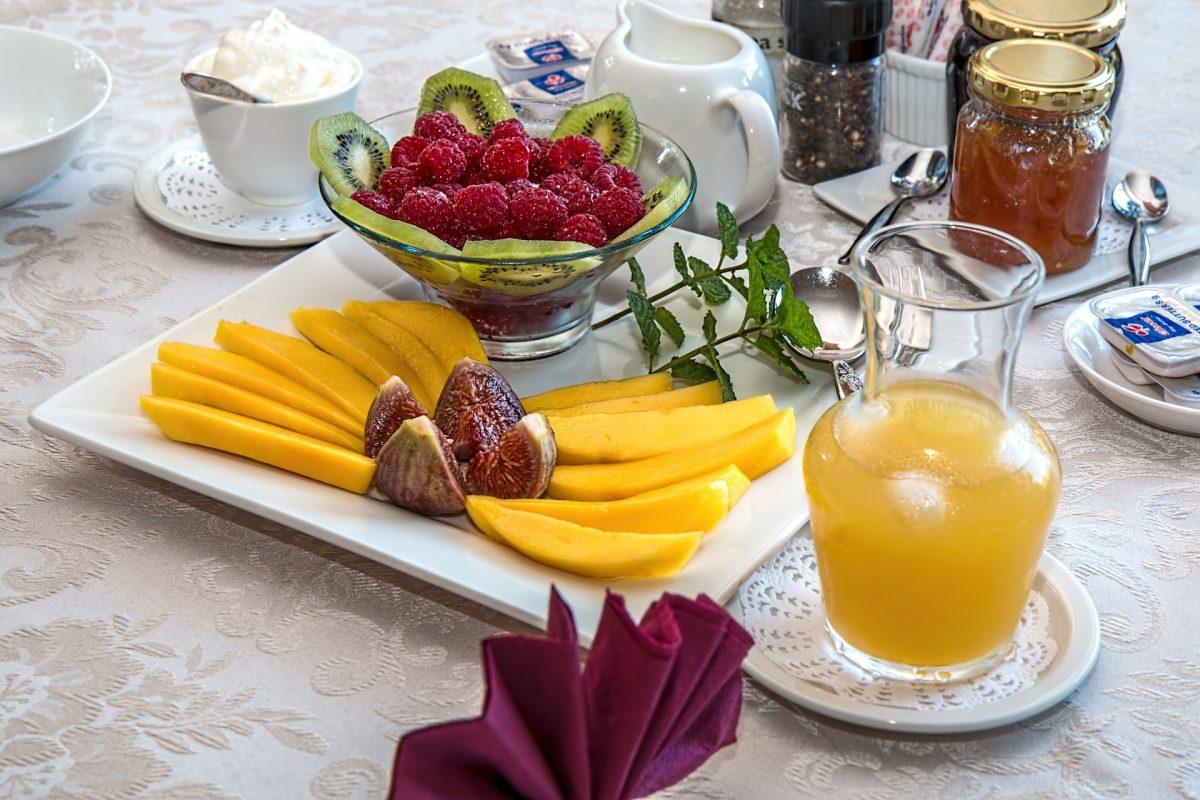 Consejos para adelgazar de forma saludable sin pasar hambre